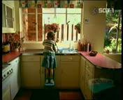 کلیپ خنده دار موبایل – کلیپ ظرف شستن بچه