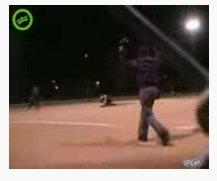کلیپ موبایل : حادثه ی ورزشی در بازی بیس بال